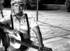 Photo of Vacuum tubes Lyrics –  Juan Marcos Tripolone
